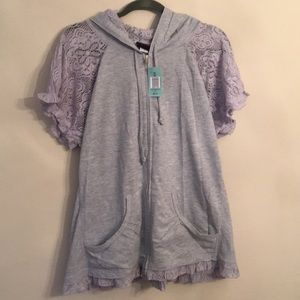 BNWT Torrid zip up short sleeve
